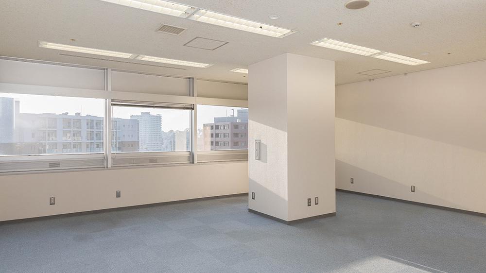 神奈川中小企業センタービル賃貸オフィス 1