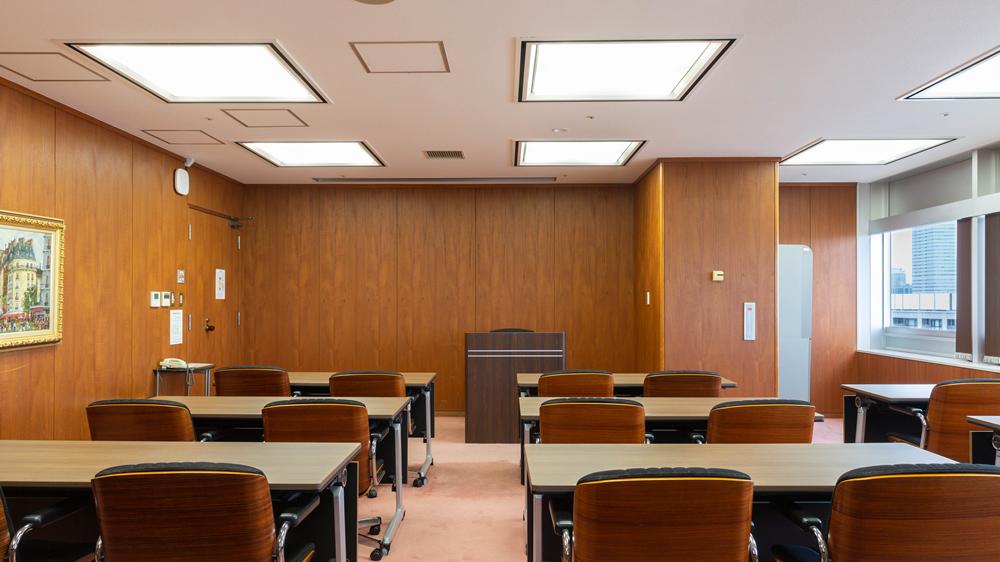 13階 特別会議室A 1