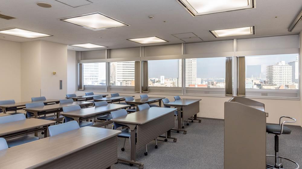 13階 特別会議室B 3