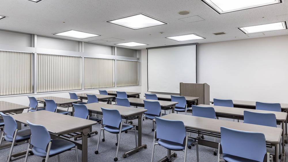 13階 特別会議室B 4