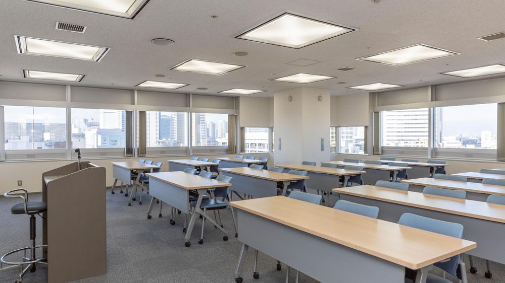 13F第1会議室 3